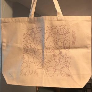 Latched Mama tote bag